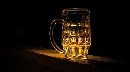 Bierbad beim Junggesellenabschied in Prag